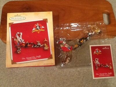 Hallmark Keepsake Ornament ON, TWEETY! ON, DAFFY! Looney Tunes Toons 2004