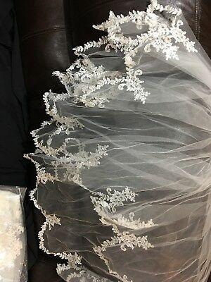 wedding veil ivory  with lace
