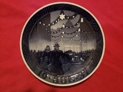 1937 Royal Copenhagen Christmas Plate