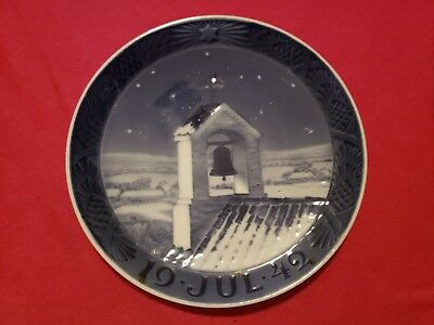 1942 Royal Copenhagen Christmas Plate