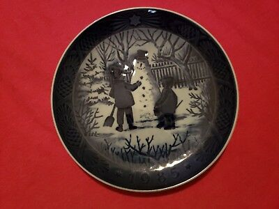 1985 Royal Copenhagen Christmas Plate