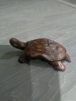 Beautiful Vintage Japanese Hand Carved Wooden Turtle - 8cm Length. Wood Carving