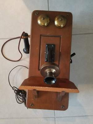 """""""Country Belle"""" Antique Wall Telephone Tube Radio Working"""