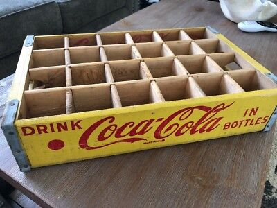 MINT Vintage 1966 Yellow & Red Coca Cola Wood Crate Chattanooga 24 Slot Wooden