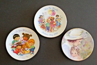 Lot of 3 Avon Mothers Day Collector Plates Porcelain Trimmed in 22K Gold