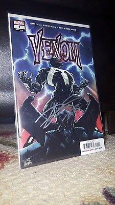 "Venom #1 First Print Signed Donny Cates At Nycc ""18 Marvel Comics"
