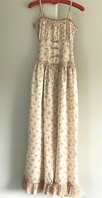 VINTAGE 1930s FLORAL RAYON SATIN LONG NIGHTGOWN, RUCHING, BOWS, LACE