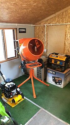 Belle Minimix 150 240v Cement Mixer Brand New With Stand