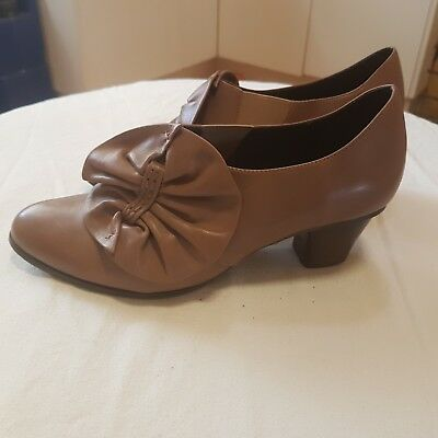 Leather Taupe Size 7.5 Ladies Shoes - RRP $120+ Like New
