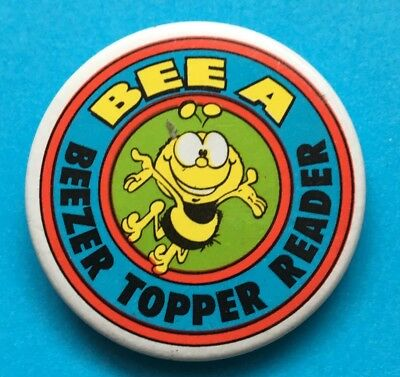 Beezer Topper Comic Pin Badge (see pics) Bee A Beezer Topper Reader