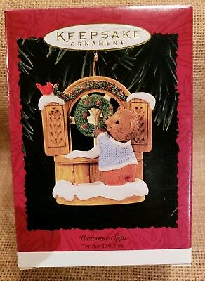 Hallmark Welcome Sign Tender Touches 1996 Teddy Bear Christmas Ornament
