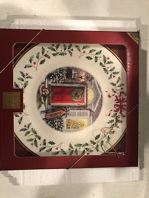 Lenox China Annual Christmas Plate 2005 Home for the Holidays w/COA 1st Quality