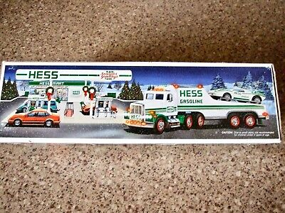 Vintage 1991 Hess Toy Truck and Racer / New in Original Box