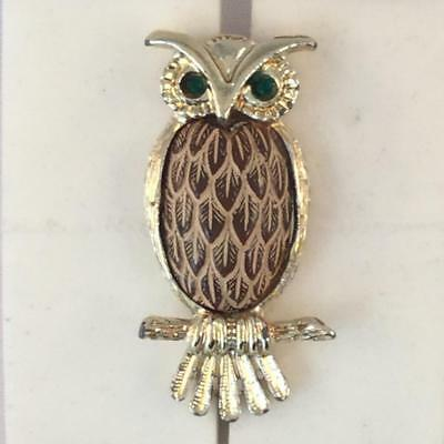 Vintage Gold Tone w/Green Crystal Eyes & Brown Feather Owl Brooch #3145