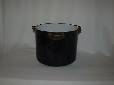 "Vintage/ Antique ""SOLID STEEL"" Wrought Iron Range Co. steel pot/pail Home Decor"