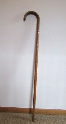 """Wooden  """"toppers Club"""" Cane  (Metal Medallion Feb-26 & 27- 1931)"""