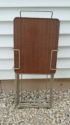 1970s VINTAGE TV TRAYS SET OF FOUR WITH STAND MID CENTURY MODERN BROWN AND GOLD