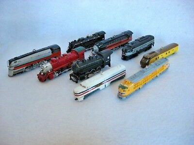 Lot - Hallmark Lionel Train Series Locomotives #8 - #16   2003 - 2011 Ornaments