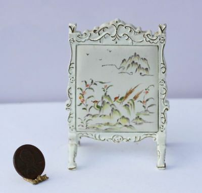Dollhouse Miniature 1:12 Scale Oriental White & Gold Fireplace Screen