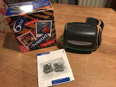 POLAROID 600 INSTANT FILM CAMERA - Ex Condition Boxed And Instruction Manual