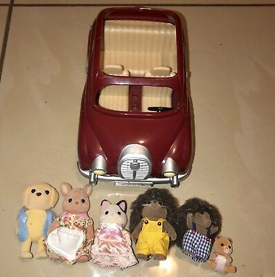 Sylvanian Family Calico Critters Epoch And Car Lot