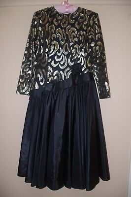 VINTAGE BEAUTIFUL 1980's EVENING/COCKTAIL DRESS AS NEW BLACK & GOLD LAME FABRIC