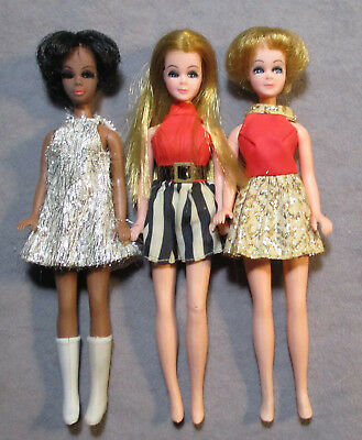 Lot 1 - Vintage Topper Dawn & Friends - Nice Dolls in Nice Outfits