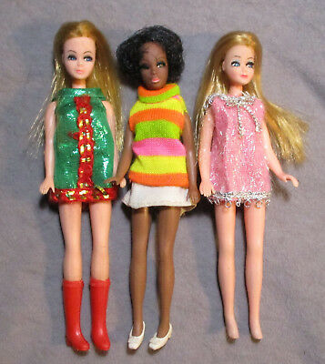 Lot 2 - Vintage Topper Dawn & Friends - Nice Dolls in Nice Outfits