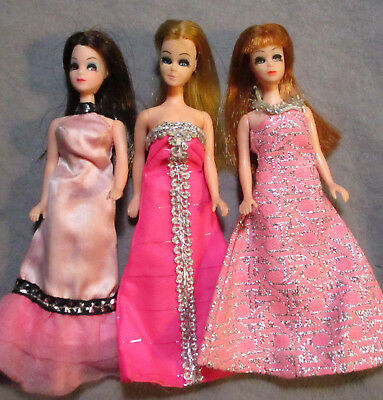 Lot 3 - Vintage Topper Dawn & Friends - Nice Dolls in Nice Outfits