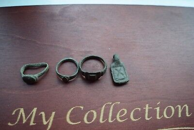 Authentic Lot Of 3 Ancient Roman / Medieval Bronze Rings And A Pendant