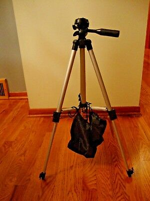 Universal Portable Aluminum Tripod Stand & Bag FoR  Camera Camcorder