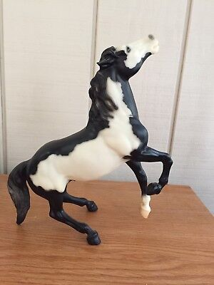 Breyer Horse Retired #720198 Renegade Semi-Rearing Mustang Black Overo