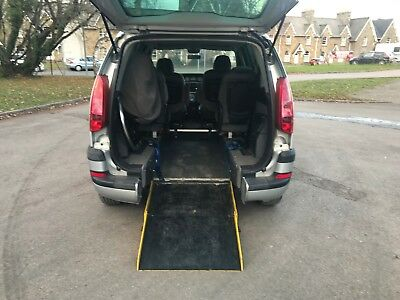 Peugeot 807 WHEELCHAIR ACCESSIBLE mobility disabled ramp wav wheelchair access