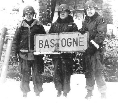 WWII B&W Photo Gen. McAuliffe 101st ABN  Bastogne Sign World War Two  WW2 / 1157