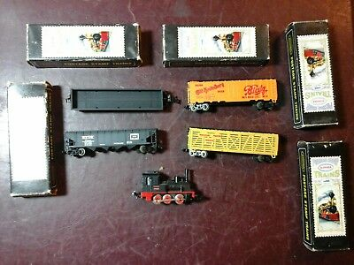 Vintage aurora postage stamp train lot 1 engine and 4 cars with boxes
