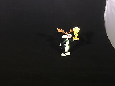 SYLVESTER AND TWEETY - LOONEY TUNES COLLECTION - HALLMARK ORNAMENT 1993 W/Box