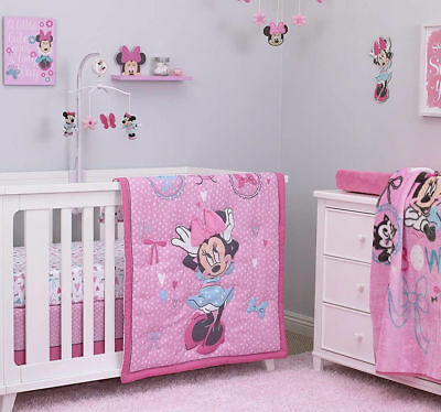 Disney Baby Minnie Mouse 4 Piece Baby Cot Set Quilt Sheet Valance Wall Art