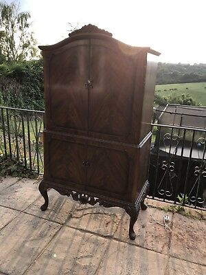 Vintage Cocktail Drinks Gin Cabinet Antique Furniture Good Condition Armoire