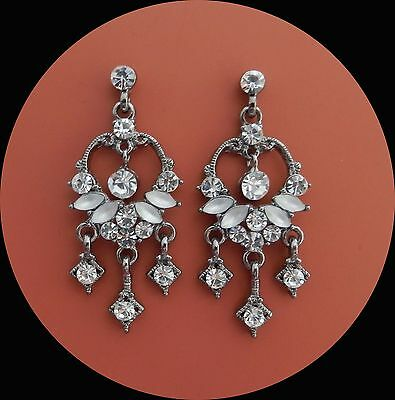 Vintage Style Chandelier Earrings with Clear Crystals Rhinestones E2208