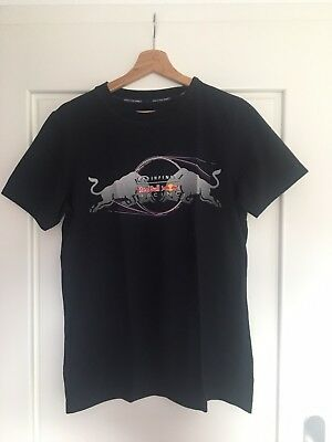 Red Bull Racing Pepe Jeans Official Teamline F1 T-Shirt Gr. S