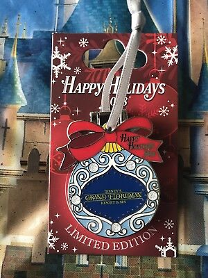 Disney Happy Holidays 2018 Grand Floridian Pin Minnie Mouse Mary Poppins LE 2000