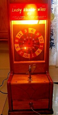 """""""Lucky Numbers WHEEL PENNY Coin-Operated Vending Machine w/ Key RARE"""