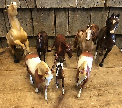 Lot Of 8 Vintage Collectible BREYER Horses Different Sizes