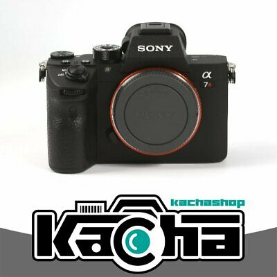 NEUF Sony Alpha a7R III Mirrorless Digital Camera Body Only