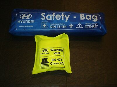 Hyundai Safety Bag And Vest 99940Ade00