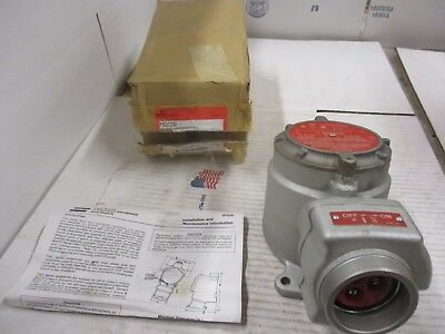 Cooper/Crousehinds Interlocked Receptacle & Switch M/N:fsqc232 #118755H New