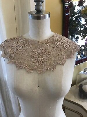 LG Antique Ornate Hand Done Lace Raised Embroidered Collar Floral Ercu 1900's