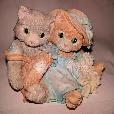Calico Kittens - Friendship Is A Warm, Close Feeling (1993) Enesco -No packaging
