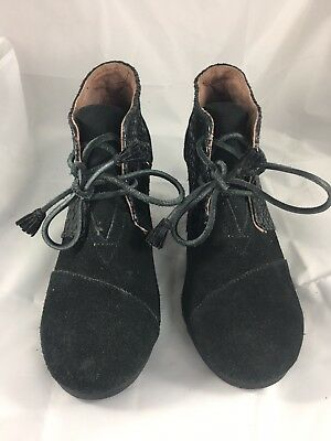 37cbb6b0c23e Toms Women s Size 8.5 Black Wedge Heel Lace Up Ankle Boots Booties 300615