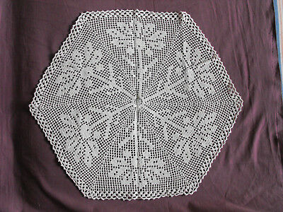 #1218  Beautiful Vintage Hand Made Tablecloth  58cm/(23'')